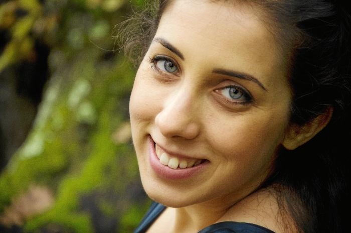 Diana Larios, una soprano almonteña que despunta en el mundo de la lírica