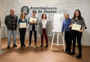 Alexis Sánchez Alonso, María del Rocío Benito Márquez y Cecilia Meynet, ganadores del primer, segundo y tercer premio.