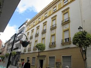 Fachada actual del antiguo Hotel Victoria.