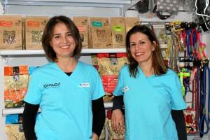 Teresa Suárez y Carmen Martín, responsables de la Clínica Veterinaria Bichos.