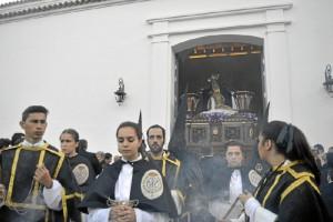 Paso de la Urna con Cristo Yacente. / Foto: Sergio Borrero.