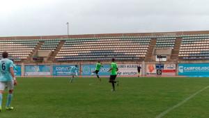 Negredo fortaleció el centro del campo con un trivote, y su apuesta dio resultado. / Foto: @CD_EJIDO.