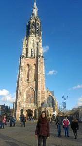 Paseando por la ciudad, por la Iglesia Nueva de Delft (Nieuwe Kerk).