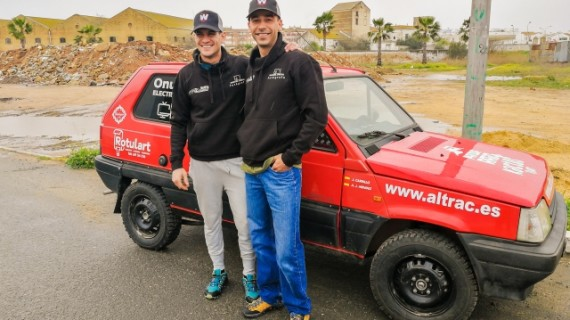 3.000 kilómetros de aventura en un 'Marbella', reto de dos sanjuaneros en el Panda Raid 2018