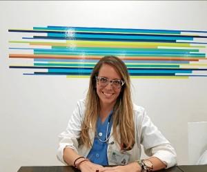 La nefróloga onubense Mónica Martín Velázquez, un ejemplo de la elección de la medicina por vocación.