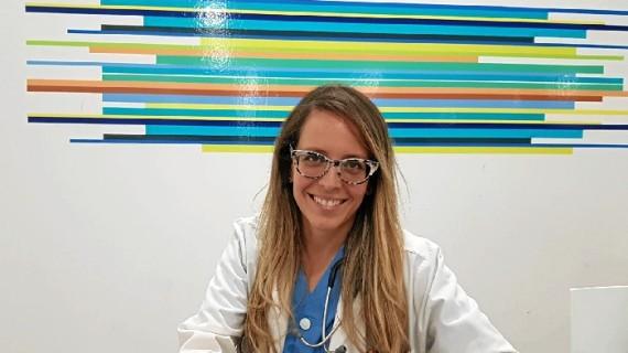 La nefróloga onubense Mónica Martín avanza en la investigación de las enfermedades del riñón en el Hospital Virgen de la Victoria de Málaga