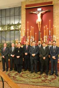 La actual junta de gobierno de la Hermandad de la Fe.