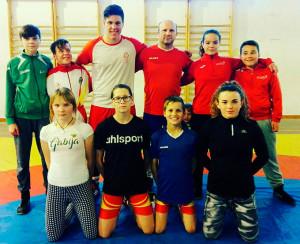 Componentes del club cartayero que acude a esta prueba en Jaén. / Foto: @luchaelcampeon.