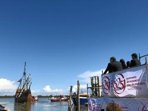 Los astilleros de Punta Umbría han acogido la botadura de la réplica de la Nao Santa Marí