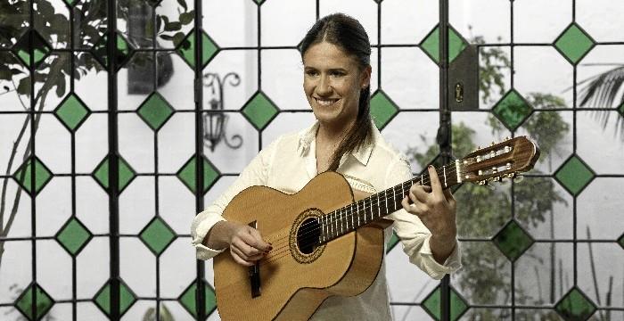 Rocío Ojuelos presenta este jueves en el Gran Teatro de Huelva su primer disco, 'Tu sonrisa'