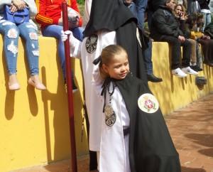 El cortejo ha estado formado por 400 nazarenos.