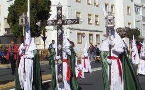 Cruz de Guía de la Hermandad de Tres Caídas.