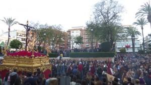 La plaza de la Merced al paso del misterio de Los Judíos.