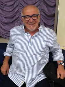 El director de la Coral de Hinojos, Antonio Ángel Ligero.