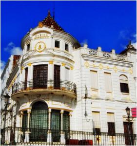 Casino Arias Montano, una de las obras más emblemáticas de Aníbal González en Aracena.