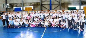 Participantes en el VI Trofeo 'Solo Mujeres' de Tiro con Arco en Sala en San Juan del Puerto.