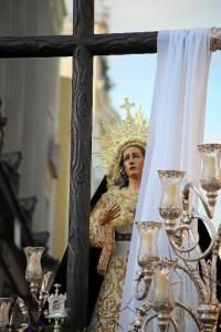 Nuestra Madre de la Consolación recién salida del templo.