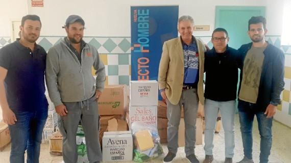 El CEIP Marismas de Hinojos entrega cerca de 700 kilos de alimentos a Proyecto Hombre