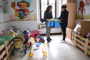 Rocío Naranjo recoge juguetes usados durante todo el año.