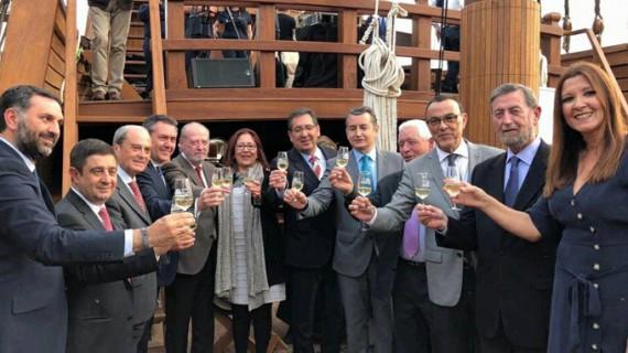 El vino de Chucena viaja a América en la Nao Santa María