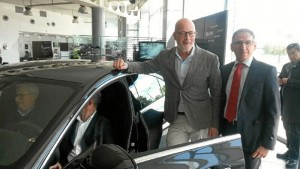 Un momento de la presentación del nuevo modelo Huelva.