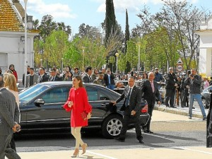 Un momento de su llegada a la Onubense.