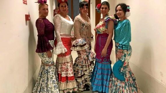 La diseñadora campurriana Charo Valera triunfa en Nerva con el desfile de su última colección