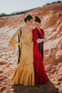 Comienzas las romerías en la provincia y con ellas las onubenses lucen sus nuevos trajes de gitana.