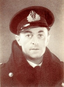 El comandante Ewen Montagu inspirador de la estratagema conocida como Operación Mincemeat o Carne picada (Foto: The man who never was).