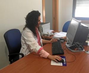 La onubense aspira a que sus investigaciones contribuyan a mejorar el circuito asistencial y la calidad asistencial del paciente oncológico.