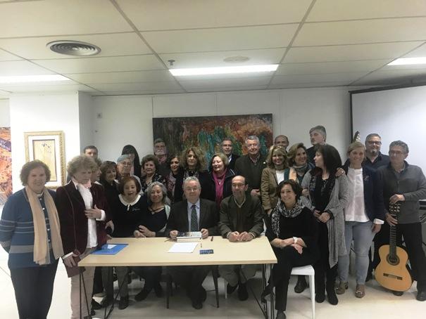 Los Poetas por la Paz dejan su huella en el Espacio Cultural de la Notaría Méndez Nuñez