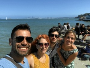 Junto a amigos en 'Point Bonita Lighthouse', el faro vigila la Bahía de San Francisco.