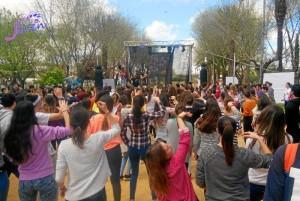 También habrá una fiesta de la primavera y tiempo para bailar con DJ.