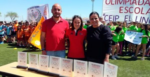 Las V Olimpiadas Escolares de Almonte tuvieron como madrina de honor, a la campeona paralímpica onubense de natación, María Leandro.