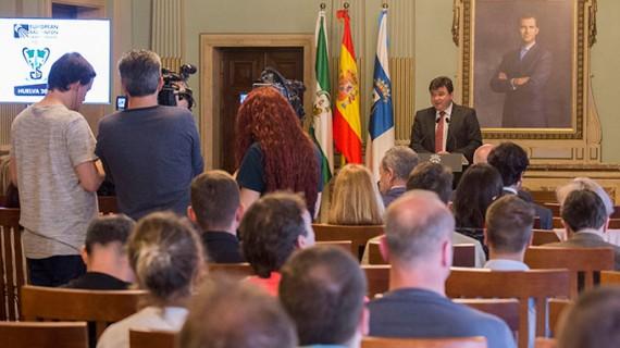 La recepción en el Ayuntamiento de Huelva a las delegaciones participantes abre Campeonato de Europa de Bádminton