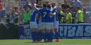 Los jugadores del Recre celebran el gol de Gorka Santamaría. / Foto: Captura TV Teleonuba.