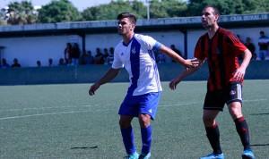 Pese a las ausencias, el Atlético Onubense tiene que ganar este domingo al Arcos. / Foto: www.recrecantera.es.
