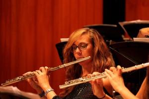 Ha sido miembro de la Joven Orquesta de Andalucía.