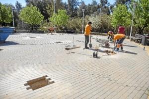 Instalación de los circuitos biosaludables y zonas de entrenamiento deportivo en el Parque Moret.