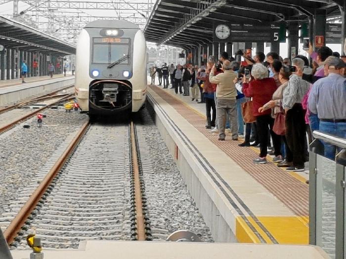 Adif Volverá A Licitar El Servicio De Limpieza De La Nueva Estación De Tren De Huelva Huelva Buenas Noticias