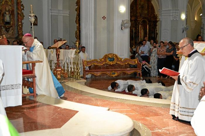 El obispo de Huelva José Vilaplana ordenará a cuatro sacerdotes para la Diócesis