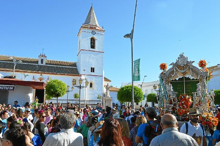 La Hermandad del Rocío de San Juan del Puerto comienza su camino 105