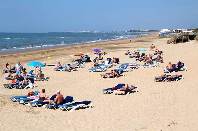 Adjudicadas las obras de aportación de arena para la playa de La Antilla-Islantilla