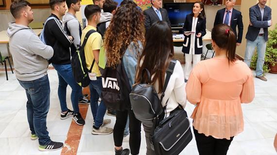 La Subdelegación del Gobierno abre sus puertas en la Universidad de Huelva