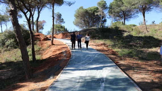 Concluyen las obras del primer tramo del carril bici entre el parque acuático de Cartaya y El Rompido