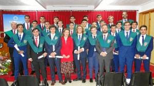 Foto de familia del acto celebrado en el Colegio Entrepinos.