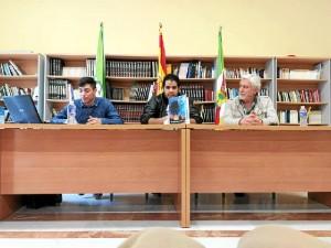 Un momento de la presentación del libro en Manzanilla.