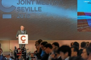 Según palabras del Consejero Delegado de Atlantic Copper, Javier Targhetta, el 75% de la demanda energética en los próximos 25 años será de renovables (40%) y gas natural (35%).
