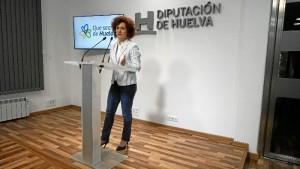 """La vicepresidenta ha asegurado que """"con esta línea de subvenciones la Diputación realiza una nueva apuesta por este colectivo"""". /Foto: Jesús Bellerín."""