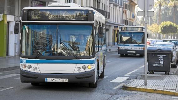 Emtusa revisa con los colectivos ciudadanos el proyecto del nuevo mapa de líneas de autobús